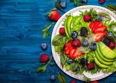 Jaki wpływ na zęby ma dieta wegańska?